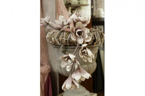 Μεταλλικός αμφορέας με λουλούδια