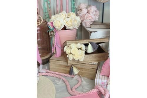 Ρομαντική βάφτιση με λουλούδια